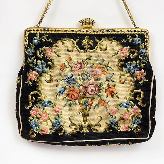 Petit Point Purse / Tapestry / Czechoslovakia / Art Deco / Handbag