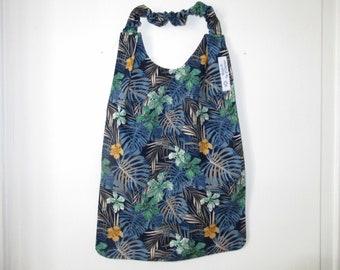 Napkin, canteen napkin, elasticated neckline napkin, maternal bib, foliage, navy blue background, back to school
