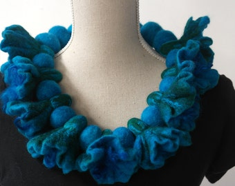 Blue felted flower necklace, collar. Handmade jewelry for women.
