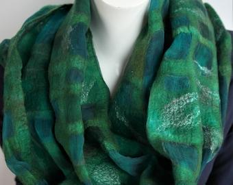 Nuno felt shawl. Silk, felt scarf green. Handmade for women.