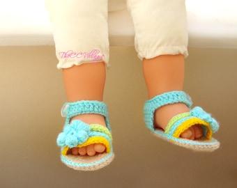 Aqua uncinetto bambino Sandali, fatti a mano all'uncinetto ragazza scarpe verde e giallo con fiore