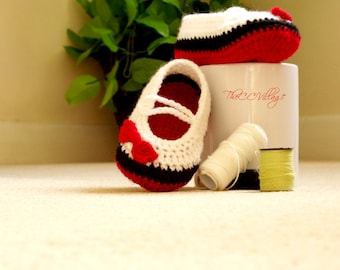Crochet baby shoes for girl With red bow, black and white handmade shoes Newborn to 12 months