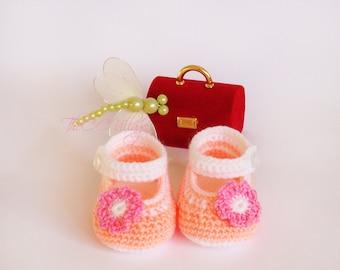 Crochet baby girl shoes, Peach handmade Ballerina Newborn Shoes with nice pink flower, Slippers