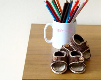 Brown, beige handmade crochet baby Boy sandals with button, Ballerina Baby Shoes, Slippers