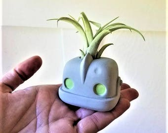Iron Giant gift, air plant holder with plant, Funko inspired, geek chic, nerdy gift