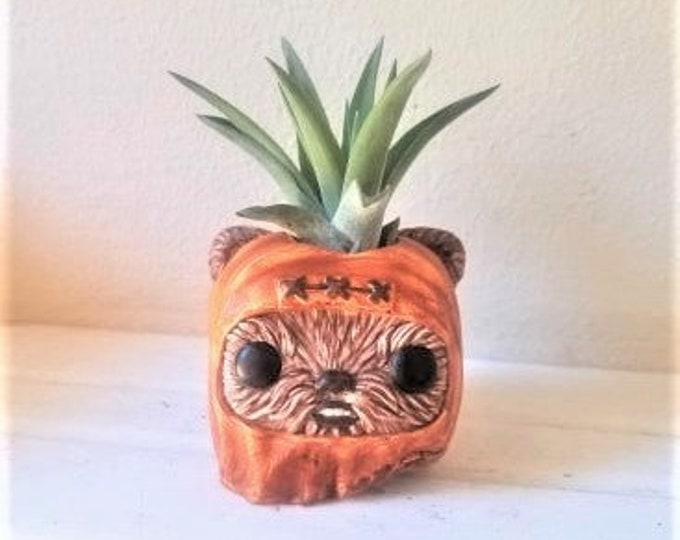 Ewok gift, air plant holder, star wars planter, star wars gift, return of the jedi, cute plant holder