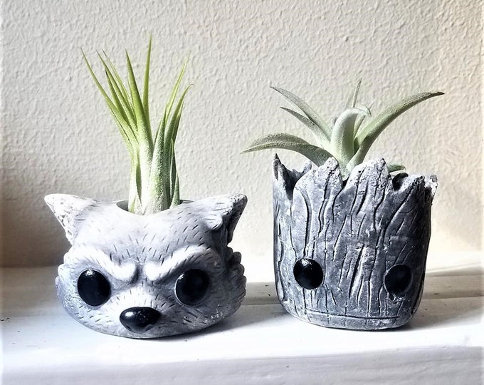 Groot and Rocket planter gift set, baby Groot, faux stone, Rocket the raccoon, air plant gift, dorm decor, noir and blanc