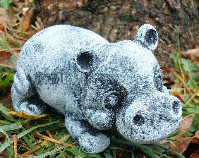 Hippo planter, small hippo statue, house hippo, hippo gift, air plant holder, hippopotamus candle holder