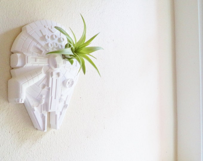 Millennium Falcon wall planter, space ship air plant holder, vertical planter, star wars wedding gift