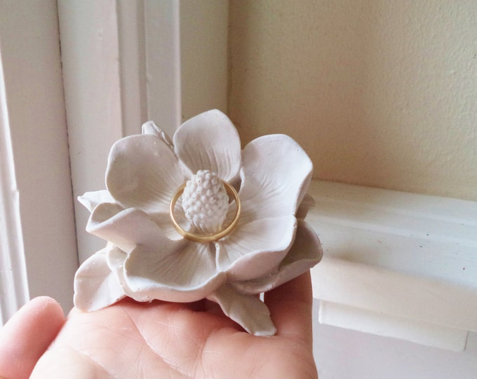 Flower ring dish, Magnolia, wedding ring holder, bridal party gifts, Southern wedding gift , country wedding, engagement ring holder