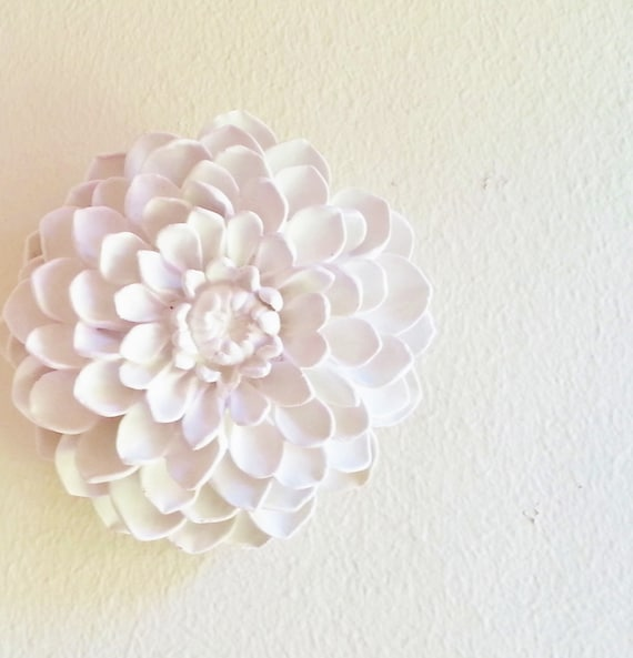 Dahlia wall flower, flower sculptures, Floral mothers day gift, boheme deco, white wall hanging flowers, Spring decor