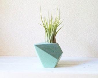 Geometric mini planter, air plant holder, teardrop planter