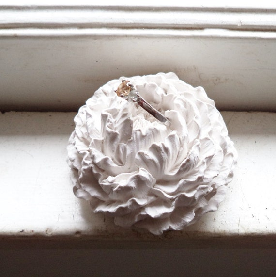 Flower ring dish, Peony bridal party gifts, minimalist white flower wall sculpture
