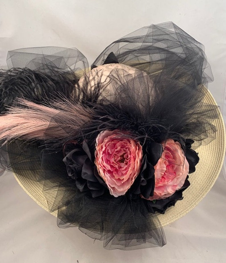 Victorian Hat History   Bonnets, Hats, Caps 1830-1890s     Edwardian Hat Wide Brim Hat Victorian Hat Tea Party Hat Southern Bell Hat Kentucky Derby Beige Black Mauve $109.00 AT vintagedancer.com