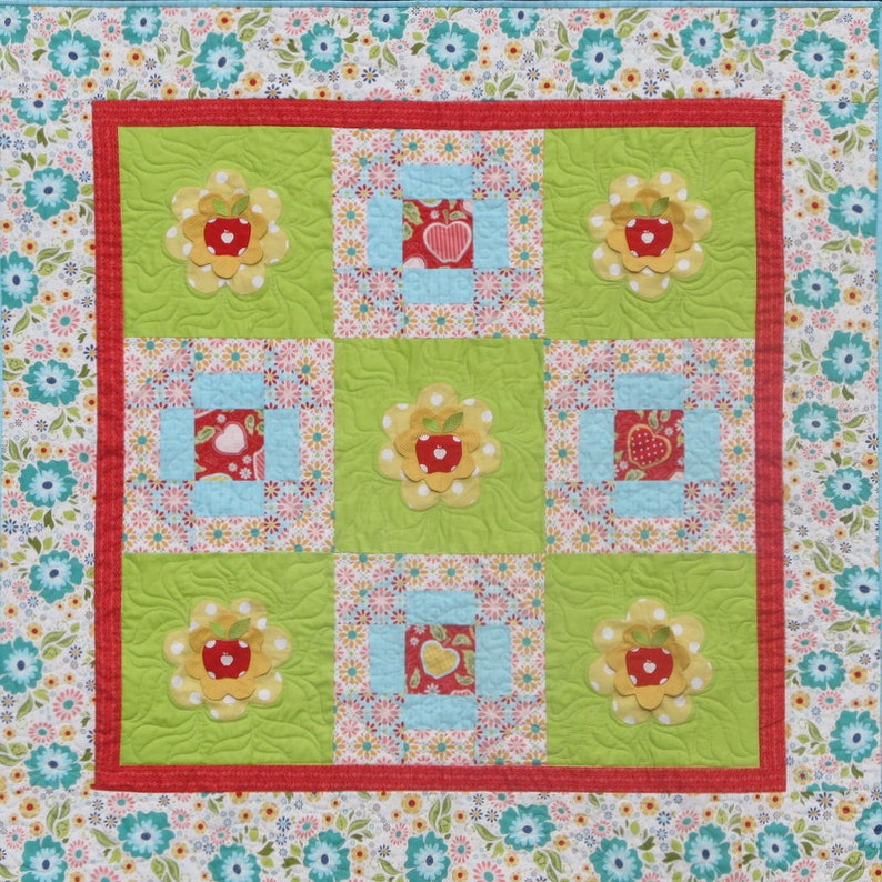 Apple Blossoms  Quilt Pattern image 0