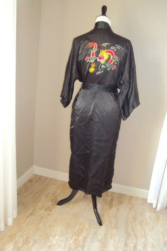 Vintage Womens Black Rayon Satin Embroidered Chine