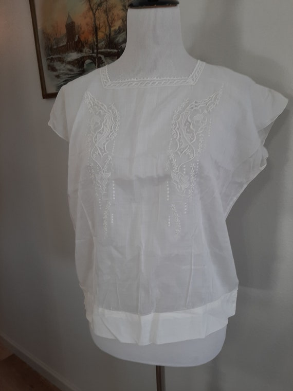 1930s-40s Womens White Sheer Cotton Chemise Size M