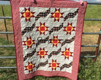 Stars Unfurled - A Patriotic Lap or Couch Quilt - Quilted throw