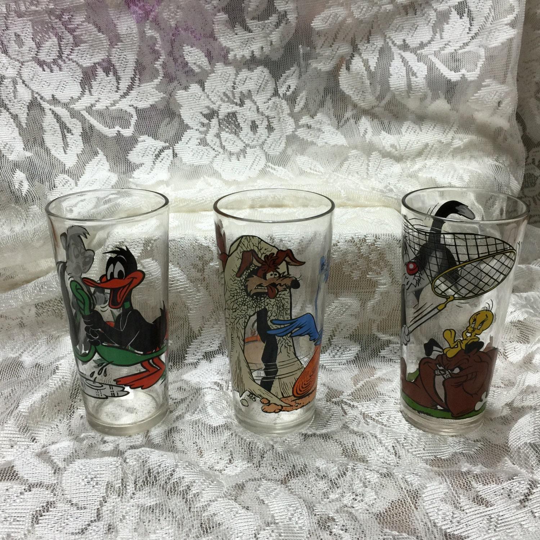 Sylvester and Tweety Bird Pepsi Collector Glass 1976 Warner Bros Looney Tunes