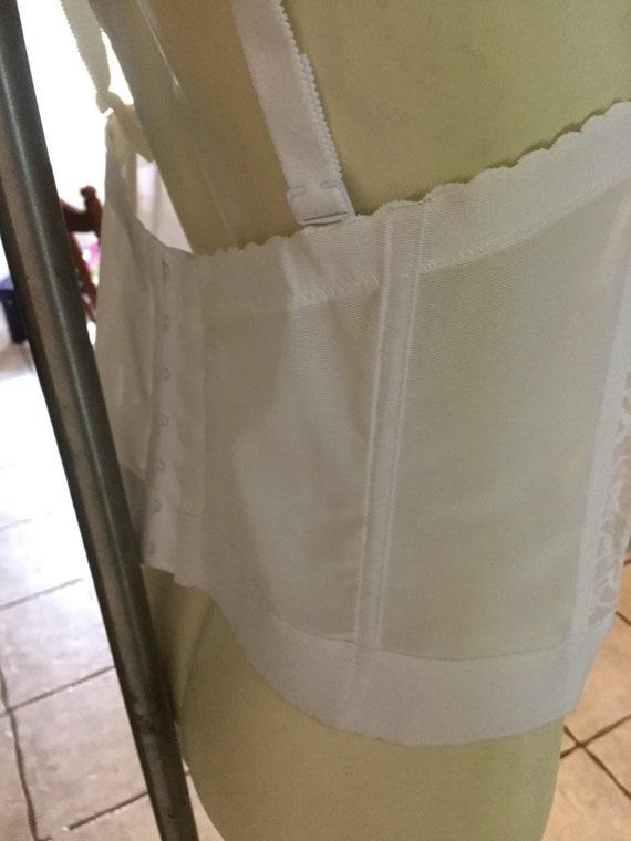 Goddess vintage white lace corset size 44 c new - image 4