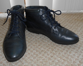 Vintage 90's Blue Leather Lace Up Boots - Size 6 M