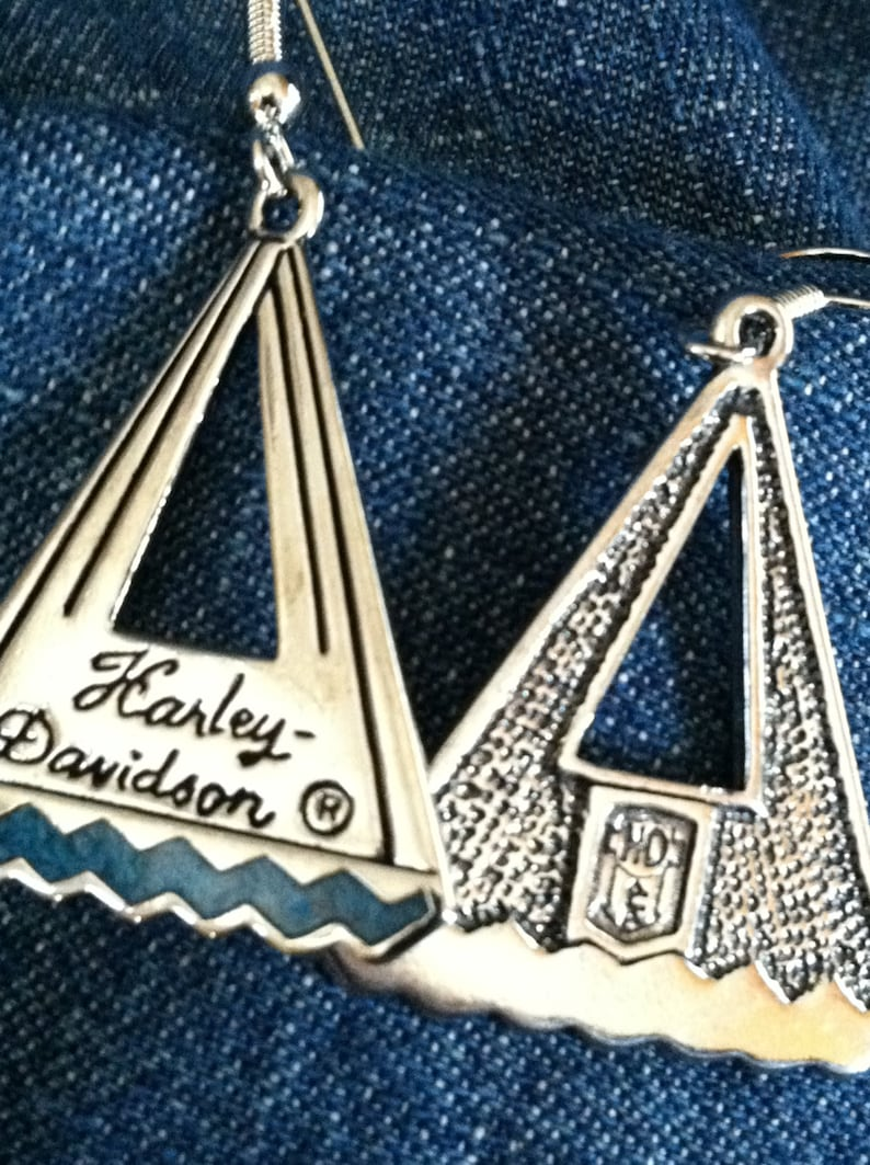Silver Harley Davidson Teepee Shape Earring Necklace Set Holiday Special !