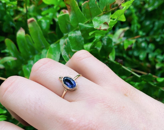 Dainty Iolite gold Ring• size 7 • 14k gold• solid gold iolite ring • unique ring • floral ring