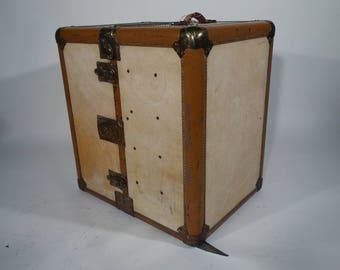 R1866 Wardrobe Hartmann trunk