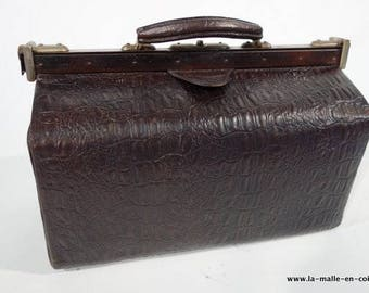 R1607 Croc doctor bag