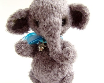 PDF step by step crocheting guide to make ARCHIE the elephant