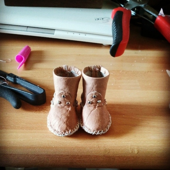 Articoli simili a Indianini boots for Littlefee, stivali in