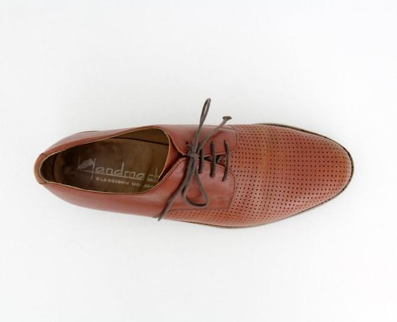 Vintage Men's Shoes // Handmacher Brown Lace Up Pe