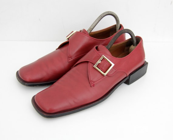 Vintage Shoes // 1990's Sergio Rossi Red Leather S