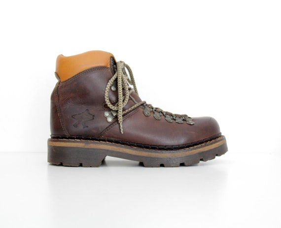 Vintage Boots // Brown Leather Ankle Hiking Boots