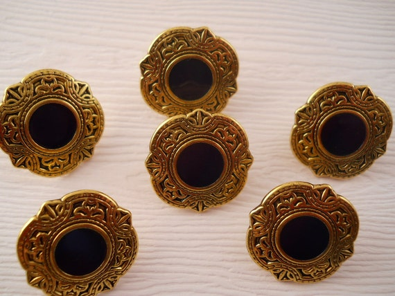 BUTTONS: Navy and gold metal buttons, just under 3/4 inch in size, set of 6