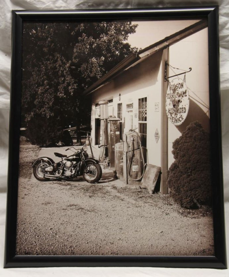 16x20 inch poster of a Harley Davidson Knucklehead in front image 0