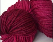 Hand Dyed yarn wool - DK weight/8 ply - magenta fuschia pink - Polwarth - knitting crochet felting craft