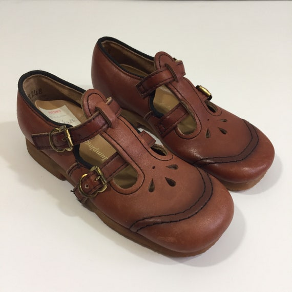 4301b3c346de8 Vintage Toddler Shoes - Vintage 8.5 Shoes - Vintage Mary Janes - Toddler  Mary Janes - Jumping Jacks Shoes - 80's Toddler Shoes - Leather