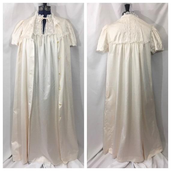 Vintage 60's Iris Lingerie Peignoir Robe & Nightgo