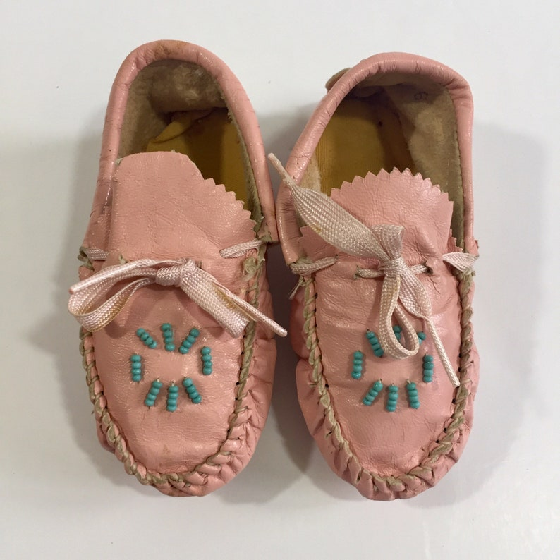 21a4faa45847a Vintage Pink Leather Baby Moccasins - Size 5 6 5 3/4 inches - 50's Baby  Shoes - 60's Baby Shoes - Vintage Moccasins - Pink Moccasins - Moccs