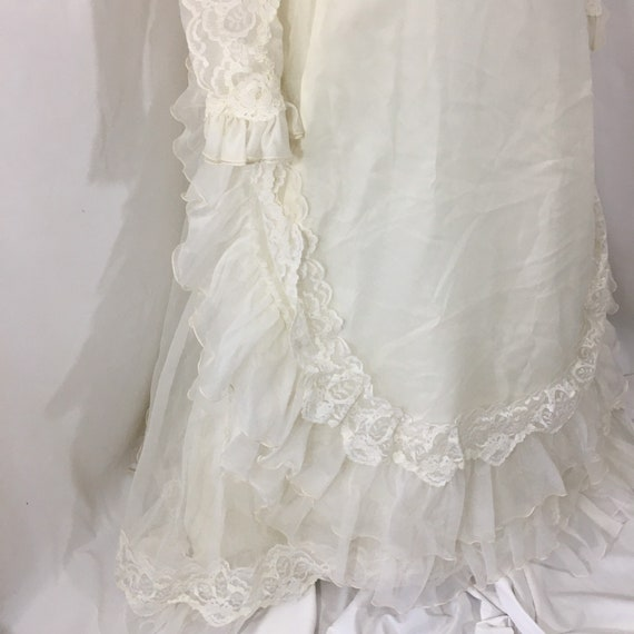 Vintage 70's Boho Wedding Gown - Small Vintage We… - image 4