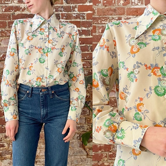 Dagger Collar Long sleeve Campus Casuals of California Vintage 70s Cornflower Blue Floral Blouse Button-Up