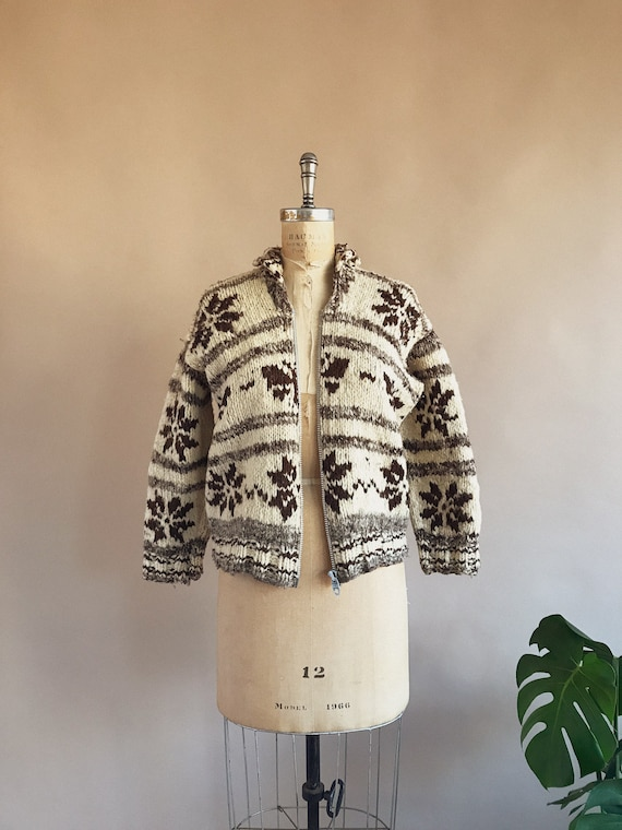 Vintage 1930s/40s Butterfly Cowichan Sweater - 30… - image 3