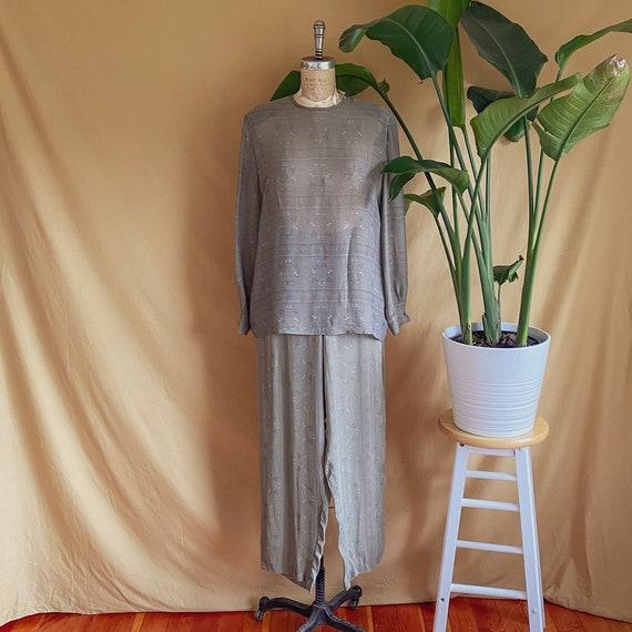 Vintage 1980s Giorgio Armani Textured Beige Grey T