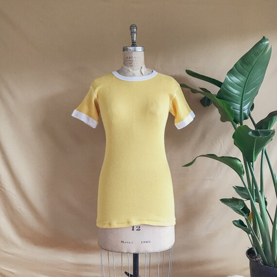 Vintage 1960s Yellow & White Waffle Knit Thermal R