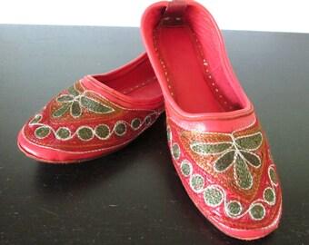 Red Vintage Slipper Shoes Slip On Embroidered Boho