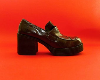 22ee7a546f4 vintage 90s y2k platform chunky heel shoes loafers mudd 8