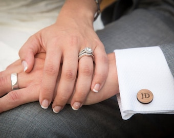 Personalized Wedding Cufflinks Groom Wedding Cufflinks Date and Initials Cufflinks Engraved CuffLinks Elegant Monogrammed Cufflinks