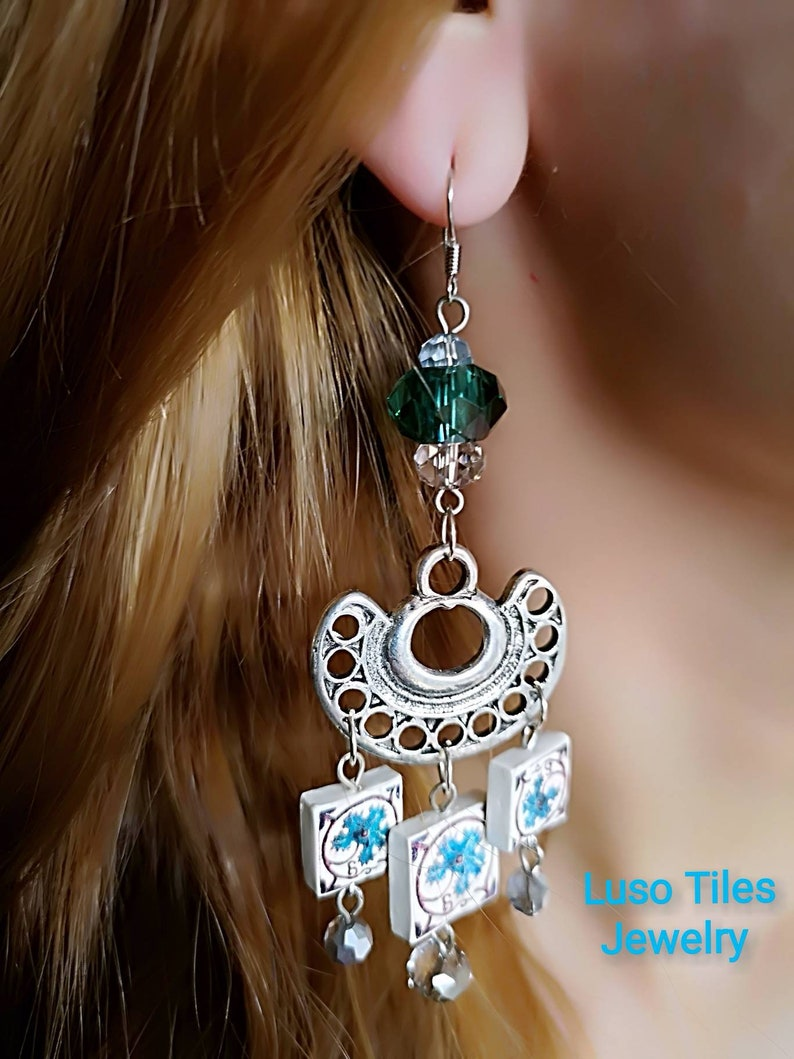 Long silver earrings and miniature replica of green Portuguese image 0
