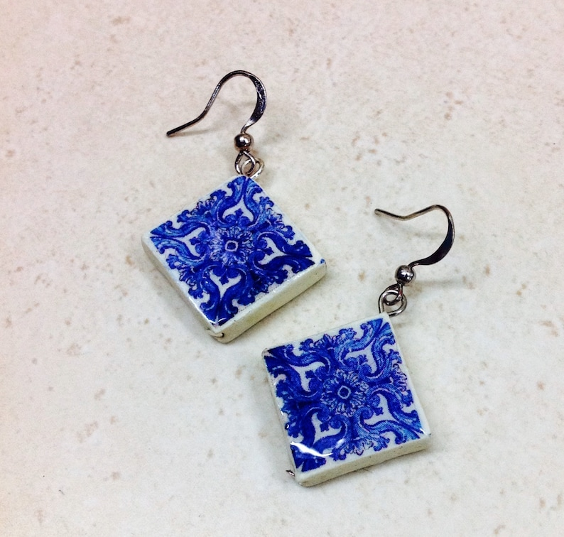 Small earrings square diagonal with portuguese tile. image 0